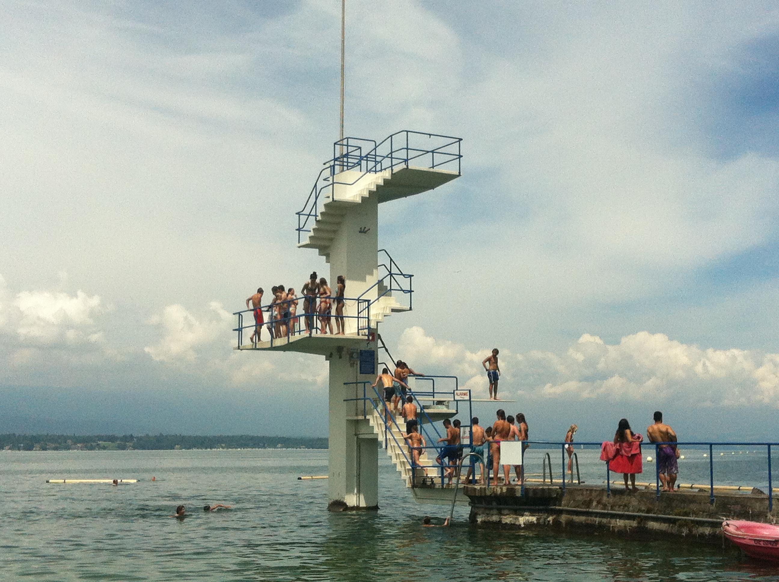 Geneva Beaches & Swimming | Living In Geneva