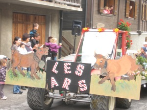Float for Les Ars Farm