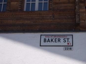 baker-street-221b-in-meiringen-955
