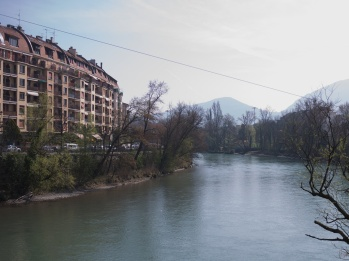 Crossing the Arve river between Carouge and Plainpalais