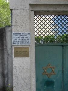 The Jewish cemetery established in 1788, near the Fontenette bridge.