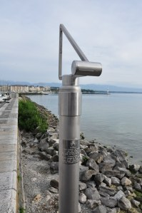Don't miss this viewfinder lakeside - it helps you estimate the height of the Jet d'Eau