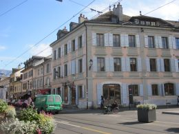 Maison Perrier, the first private house built under Turin urban planning.