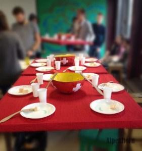 Fondue table Preperation