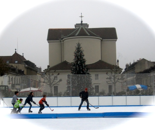 The Carouge rink at Christmas